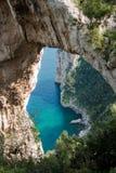曲拱capri自然的意大利 免版税图库摄影