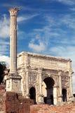 曲拱septimius severus 罗马的论坛 图库摄影