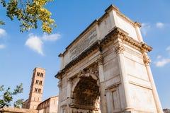 曲拱titus 罗马的论坛 库存照片