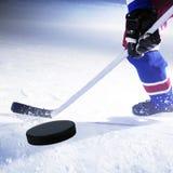 曲棍球冰球员 免版税库存照片