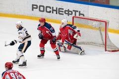 曲棍球比赛在Vityaz冰宫殿 库存图片