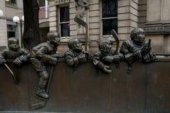 曲棍球雕象-多伦多-加拿大 免版税库存照片