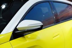 曲线和线在车体 免版税库存照片