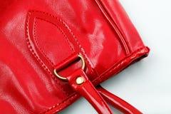 更加接近的手袋皮革红色 库存图片