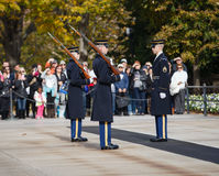 更改卫兵阿灵顿墓地VA 免版税库存图片