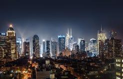 曼哈顿中城夜视图  库存照片