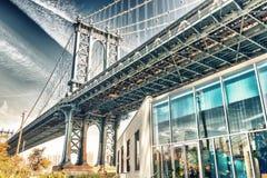 曼哈顿从布鲁克林大桥公园的桥梁视图在秋天,新的Y 图库摄影