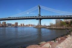 曼哈顿桥梁和East河,纽约 免版税库存照片