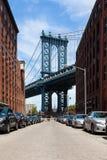 曼哈顿桥梁看法从布鲁克林-纽约的-美国 库存照片