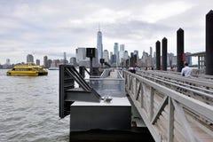 曼哈顿看法从保罗斯勾子的 免版税图库摄影
