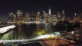 曼哈顿看法从布鲁克林Heights散步的 免版税库存照片