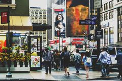 曼哈顿西方第35条街道的细节有的花架的 免版税库存照片