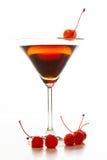 曼哈顿鸡尾酒装饰用樱桃 免版税库存照片