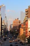 曼哈顿` s西边看法与建立停留的10个哈德森庭院的在第十大道和30 ave之间的横穿 skysc 免版税库存照片