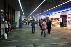 廊曼国际机场内部看法  库存图片