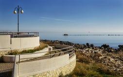 曼弗雷多尼亚- Gargano的沿海岸区 免版税库存照片
