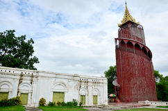 曼德勒宫殿在曼德勒,缅甸 免版税库存照片