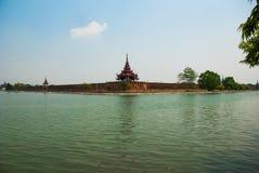 曼德勒王宫缅甸的 免版税库存照片