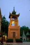 曼德勒,缅甸Mahamuni菩萨寺庙塔  库存图片