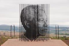 曼德拉雕塑 免版税库存图片