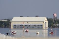 廊曼机场在曼谷是水下的 图库摄影