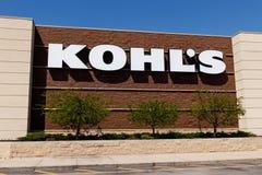 曼西-大约2018年4月:科尔` s零售店地点 科尔` s操作1,100家廉价商店我 免版税库存照片