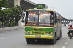 曼谷公共汽车汽车第365 库存图片