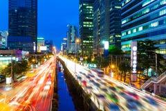 曼谷地平线和交通堵塞 免版税库存照片