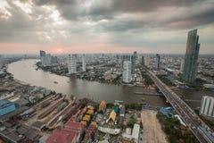 曼谷地平线日落 免版税库存照片