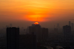 曼谷地平线看法在日出的 免版税库存照片