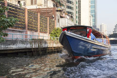 曼谷小船服务 免版税库存图片