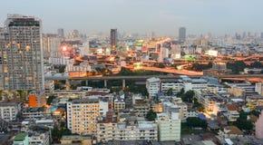 曼谷市看法微明的 库存图片