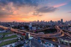 曼谷市街市与主要高速公路互换 免版税库存照片