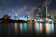 曼谷市街市晚上 库存照片