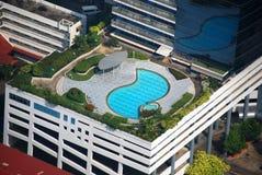曼谷旅馆豪华池屋顶泰国 图库摄影