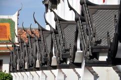 曼谷有山墙的lohaprasad顶房顶寺庙泰国 图库摄影