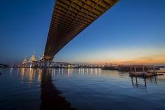 曼谷桥梁河 库存照片