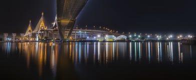 曼谷桥梁河 免版税图库摄影