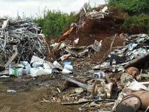曼谷泰国:再造废物山 库存照片