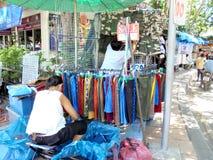 曼谷泰国:JJ市场,世界各地大家的周末市场 免版税库存图片