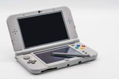 曼谷泰国- 2018年1月18日:任天堂3DS LL超级Famicom E 免版税库存照片