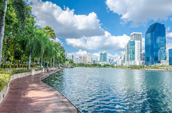 曼谷泰国- 2016年11月, 12 :buildin都市风景视图  库存照片
