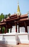 曼谷玉佛寺寺庙Chedi在清莱,泰国 图库摄影