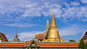 曼谷玉佛寺的金塔,曼谷 库存照片