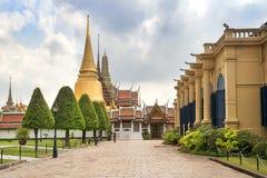 曼谷玉佛寺,鲜绿色菩萨的寺庙,曼谷,泰国 库存图片
