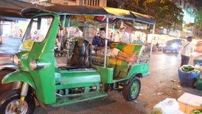 曼谷花市场 免版税库存图片