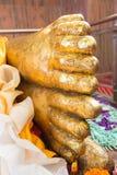 曼谷菩萨金子pho斜倚的雕象泰国wat 免版税库存照片