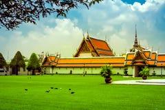 曼谷豪华王宫和庭院, 免版税图库摄影