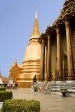 曼谷金黄全部宫殿寺庙泰国 库存照片