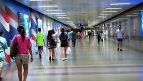 曼谷,泰国,地铁的,地下火车站入口通勤者 股票录像